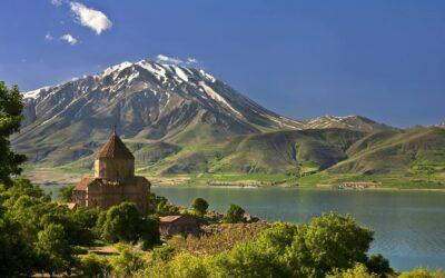 Arménsko bola prvá krajina na svete, ktorá prijala kresťanstvo.